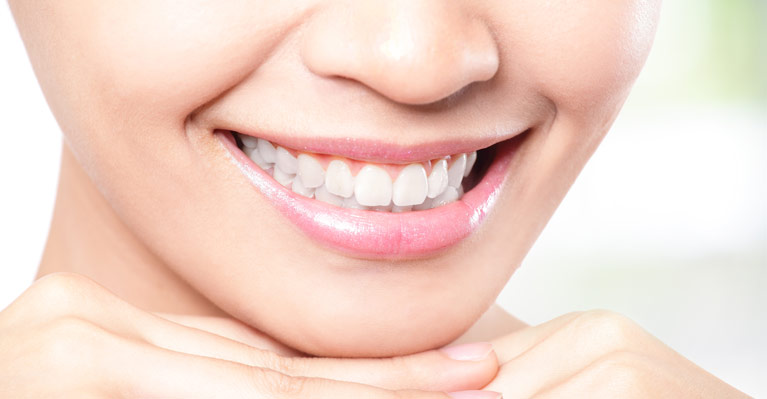 improve smile with cosmetic dentistry toronto