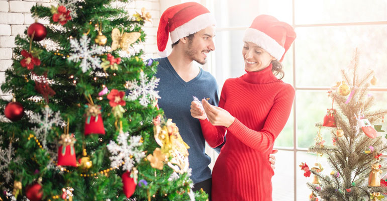 tips to keep your smile healthy over the holidays